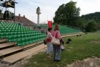 két Katalin a nézőtér előtt