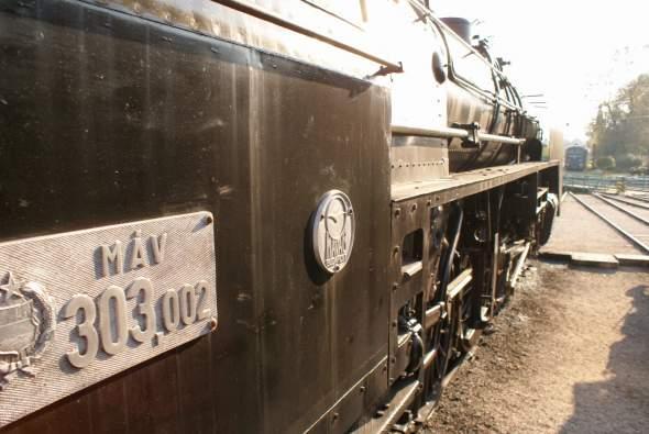 Magyarország legnagyobb gőzmozdonya / The biggest-ever engine of Hungary