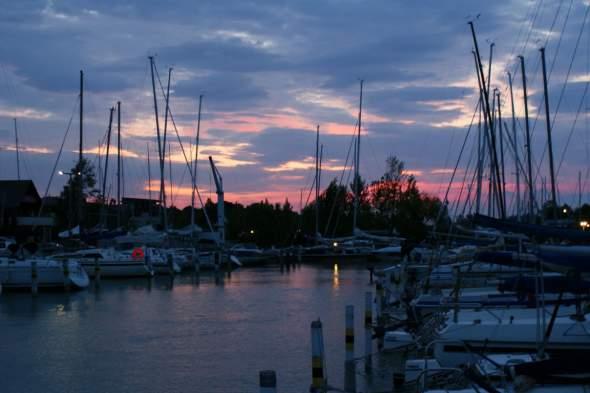 Befutó hajnal, Füred MVSz kikötő - SY2_r60_DSC03240