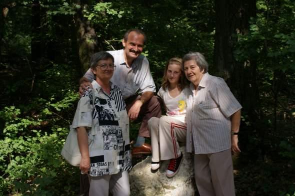 Baba, Tibor, Évike, Dolli néni - SY2_r60_DSC04189